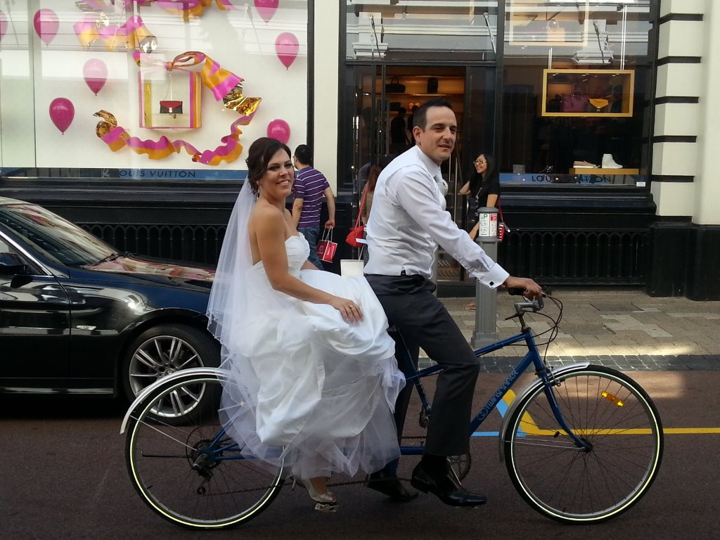 Happy Wedding Couple Limousine Hire Perth