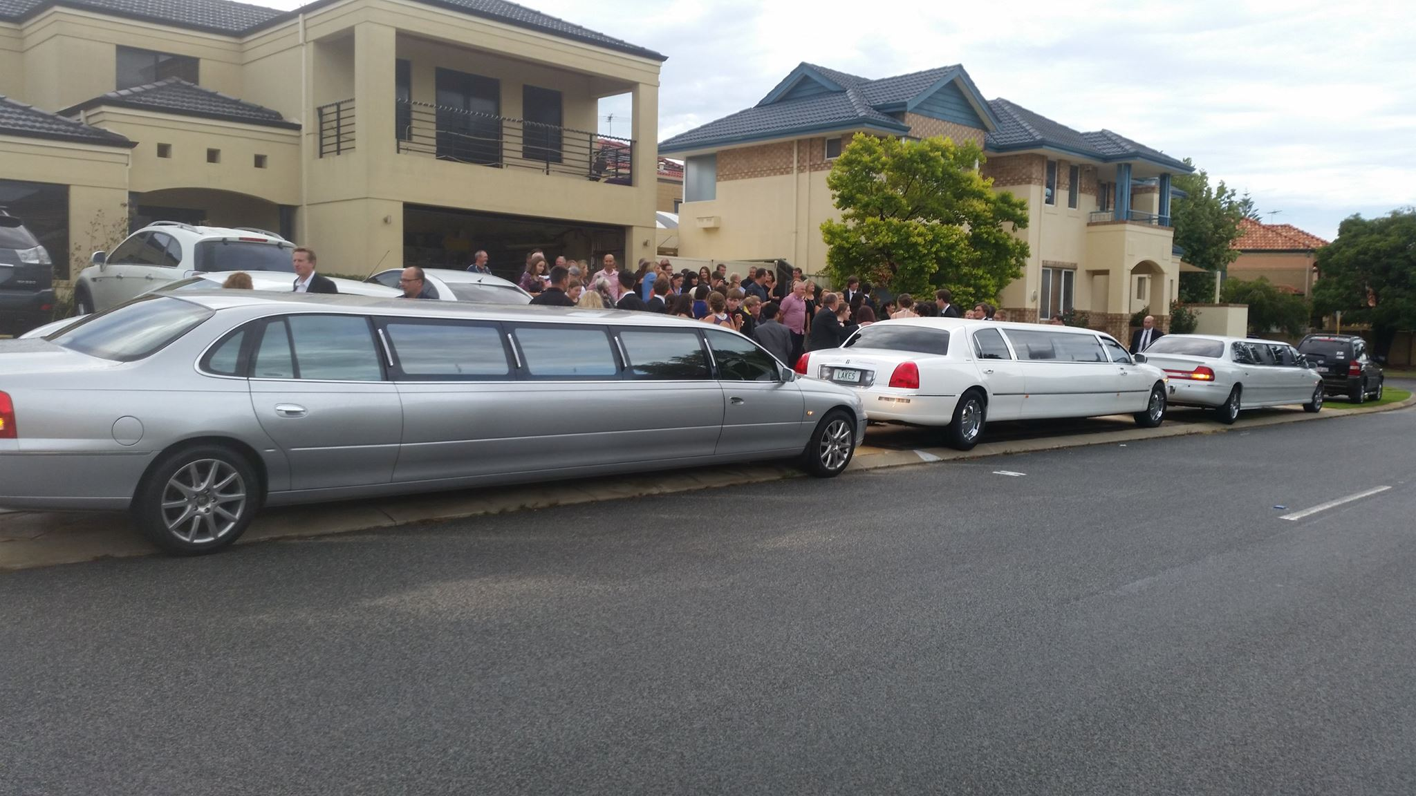 Perth School Ball Limo Hire Best Most Affordable