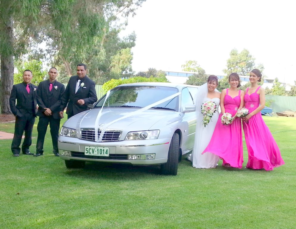 Wedding limo hire Perth helped Carolyn and Stuart celebrate their wedding day recently