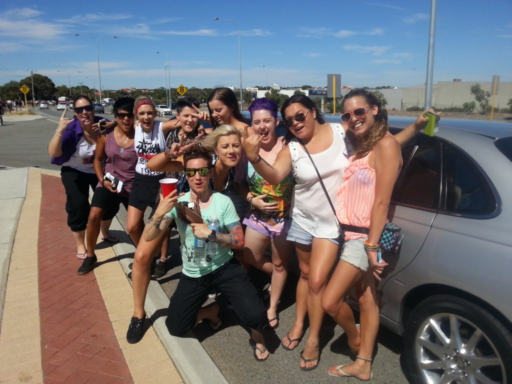 Concert limo hire transferred these lively ladies to Future Music concert at Joondalup recently. We also cater for weddings, school balls and winery tours at limo hire Perth