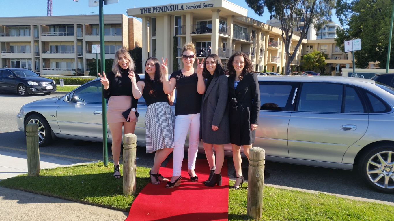 Ladies Day Out - Perth With a Limousine